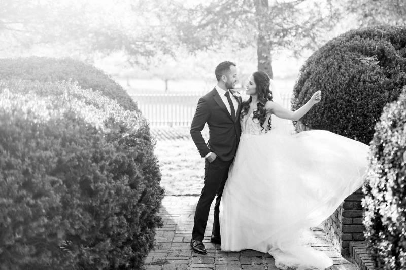 Elegant southern mansion wedding inspiration featured on Nashville Bride Guide